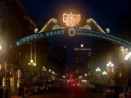 San Diego, Gaslamp, Downtown Gaslamp Restaurant And Bar For Sale
