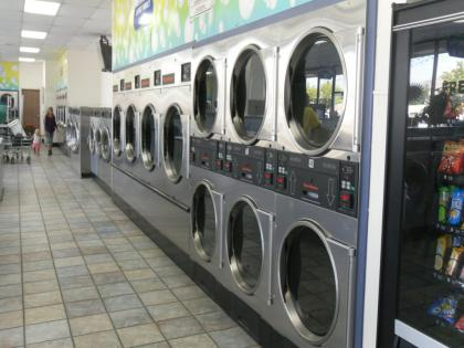 El Cajon Spacious & Clean Coin Laundry For Sale