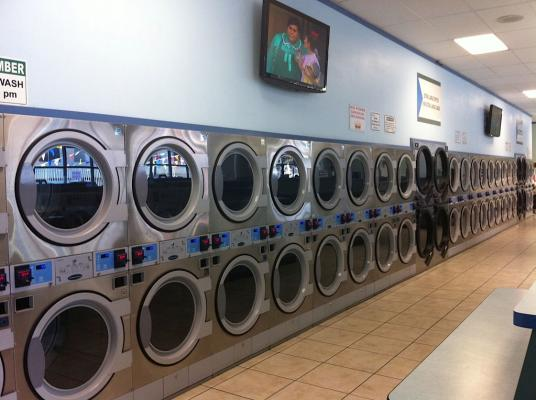 San Fernando Valley Coin Op Laundry For Sale