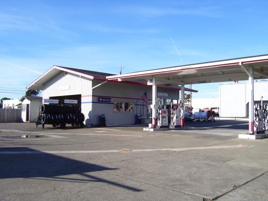 Mendocino County Gas Station Auto Repair Shop Real Estate For Sale
