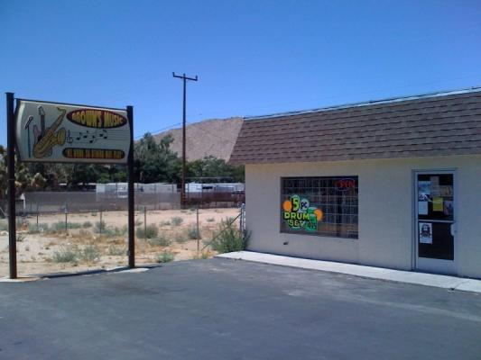 Yucca Valley Musical Instruments And Supply Store For Sale