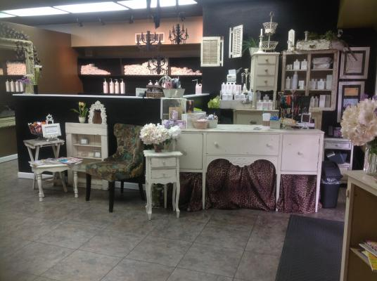 Saratoga, Downtown Village Boutique Salon, Brow Bar, Tanning Room For Sale