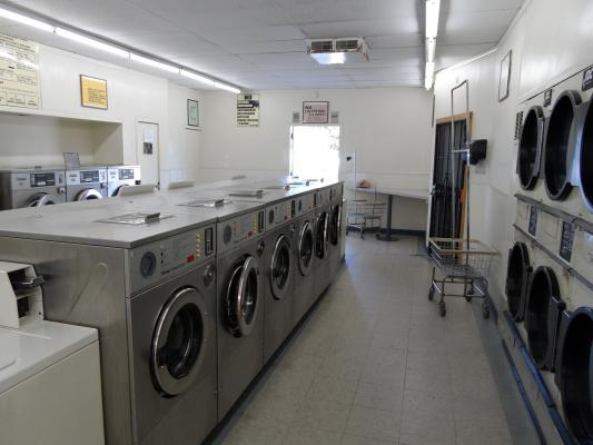 San Diego, Escondido Absentee Run Well Located Laundromat For Sale