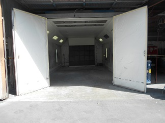 Los Angeles County Auto Body - 7 Body Bays 5 Paint 1 Mechanic For Sale