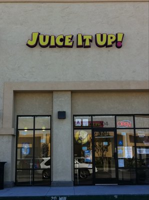Corona Juice It Up Raw Juice And Smoothie Bar Franchise For Sale