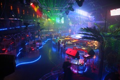 Los Angeles Gay Bar With Dancing And Entertainment For Sale