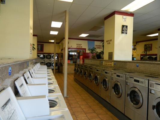 Oakland Absentee Run Coin Laundry For Sale