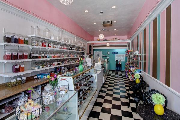 East San Gabriel Valley Established Candy And Ice Cream Store For Sale