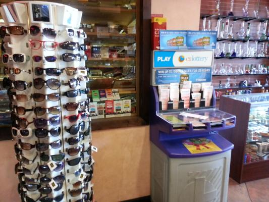 West Los Angeles Tobacco Store For Sale