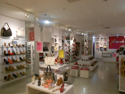 South Orange County Boutique Shoe And Accessories Store For Women For Sale