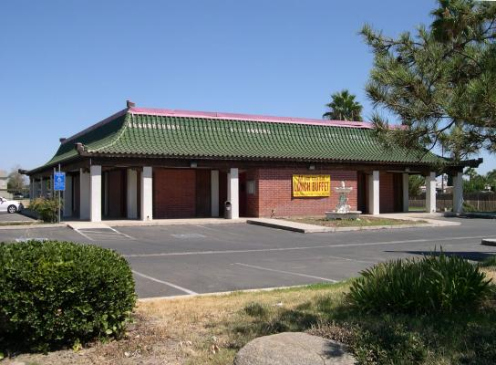 North OF Bakersfield, Delano Restaurant, Dining Area, Large Banquet Room For Sale