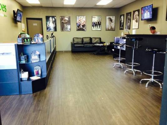 Pacific Beach, San Diego Area Vape Store For Sale