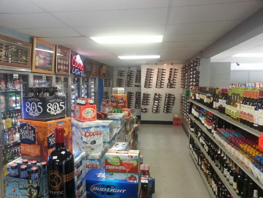 Santee, San Diego County Market And Deli With Real Estate  For Sale