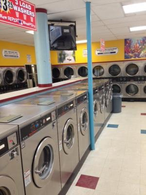 San Diego Outstanding Laundromat In Shopping Center For Sale