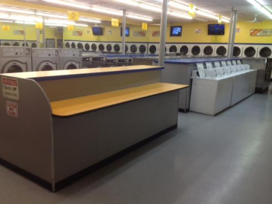 Riverside Excellent Coin Laundry - High Volume Profitable For Sale