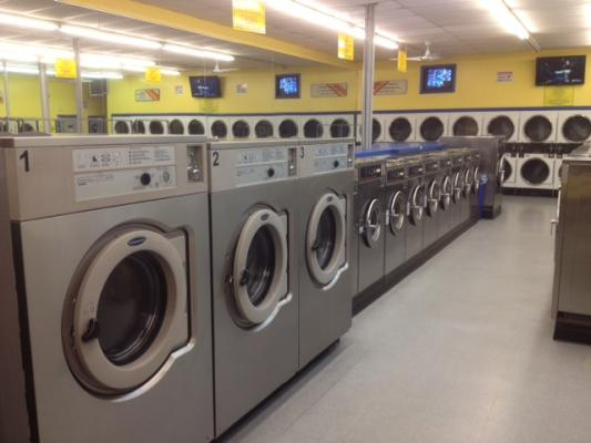 Excellent Coin Laundry - High Volume Profitable Business For Sale