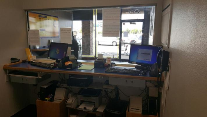 North Orange County Check Cashing And Pay Day Loan Shop For Sale
