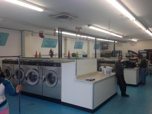 Ontario Remodeled Coin Laundry For Sale