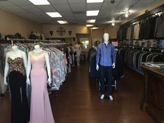 San Diego Clothing, Shoes, Accessories Store For Sale