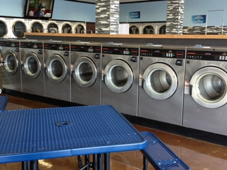 San Pedro Remodeled Card Laundromat For Sale