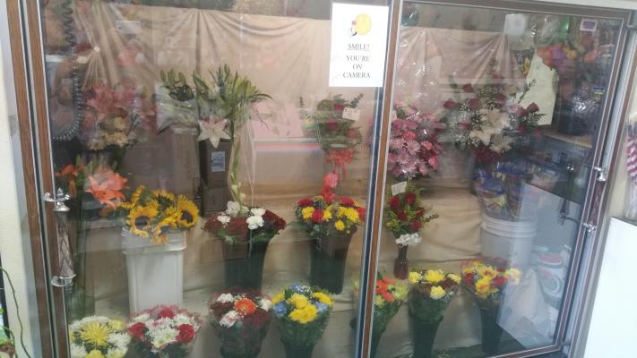 Long Beach Flower Shop - Beautiful - Low Rent - Establlished For Sale