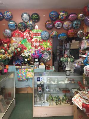 Flower Shop - Beautiful - Low Rent - Establlished Business For Sale