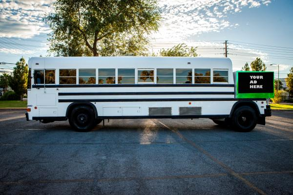 California Mobile Doctors Office Cannabis Limo Bus Service For Sale