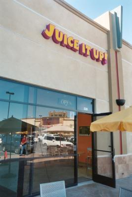 Escondido - San Diego County Juice It Up Smoothie Raw Juice Bar For Sale
