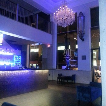 Glendale Downtown  Bar Restaurant Club For Sale