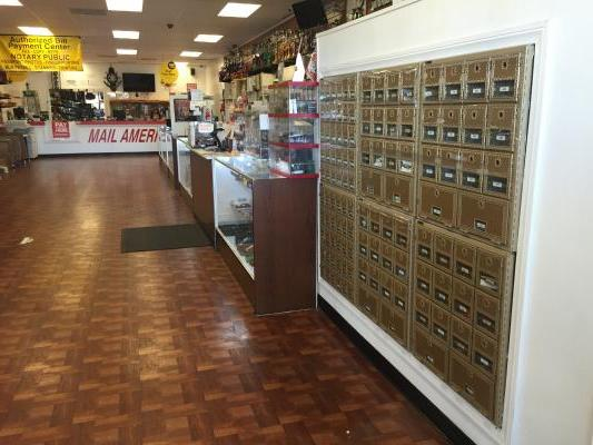 Lancaster, Palmdale, AV, LA Smoke And Vape Shop Mailbox Shipping Pymt Center For Sale