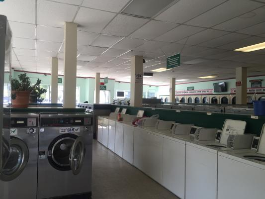 Oakland Downtown Area Laundromat - Reliable Employees - Great Cash flow For Sale