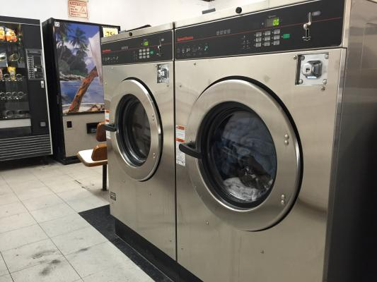 Pasadena Coin Laundry - Variety Mix Of Washers And Dryers For Sale