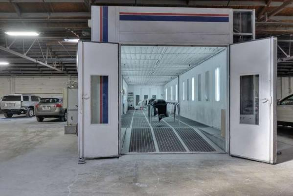 Auto Body And Paint Shop - High Traffic Location Business For Sale