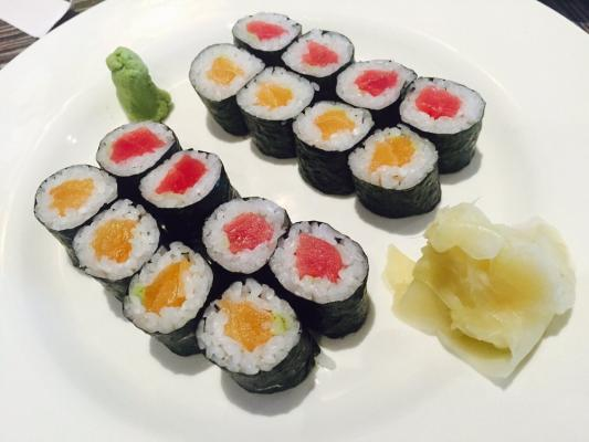 Sacramento Area Sushi Japanese Restaurant - In Busy Shopping Ctr For Sale