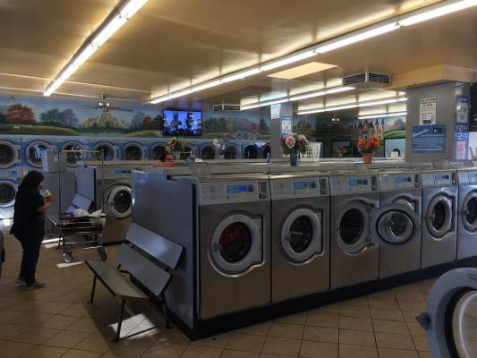 Los Angeles Coin Laundry With Freestanding Building For Sale
