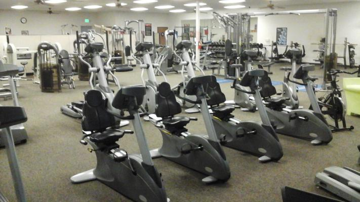 Sacramento Independent Fitness Center With Solid Membership For Sale