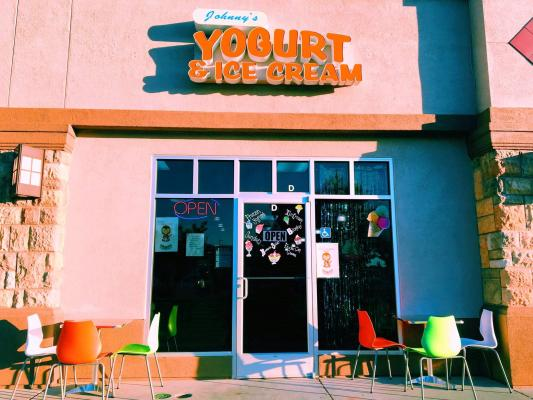 North Valley, Butte County Boutique Ice Cream, Yogurt Shop - In Busy Ctr For Sale
