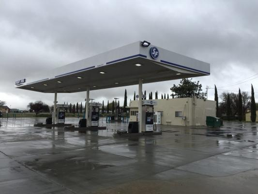 Los Angeles Gas Station Mart And Land For Sale
