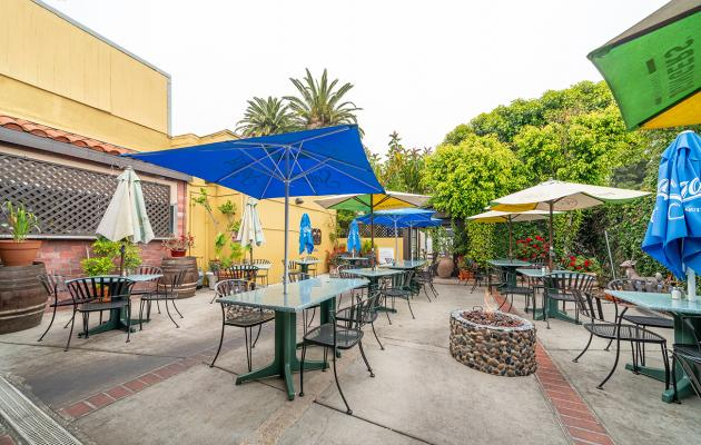 Long Beach, LA County Bar Restaurant - Real Estate For Sale
