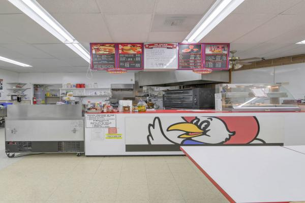 Liquor Store Grocery Market Deli Real Estate Business For Sale