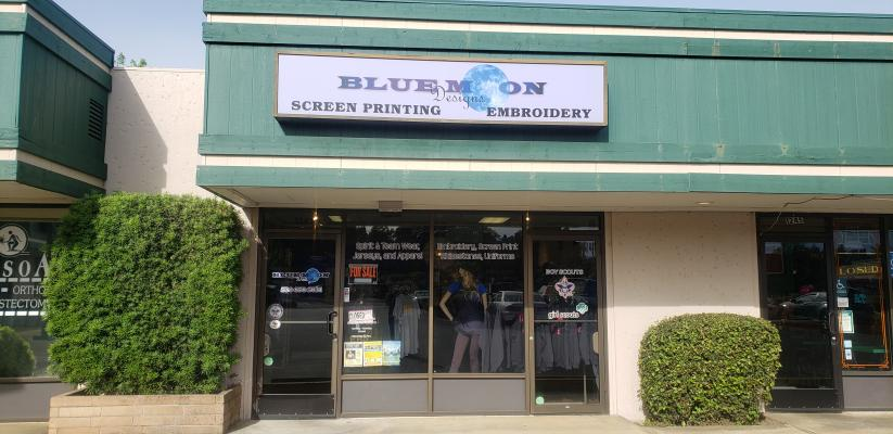 Auburn, Placer County Screen Printing Embroidery Uniform Shop For Sale