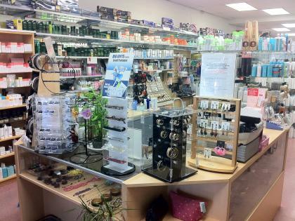 davids-beauty-supply-shop-naked-jock-gif
