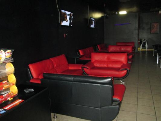 Great Palm Desert Hookah Lounge For Sale