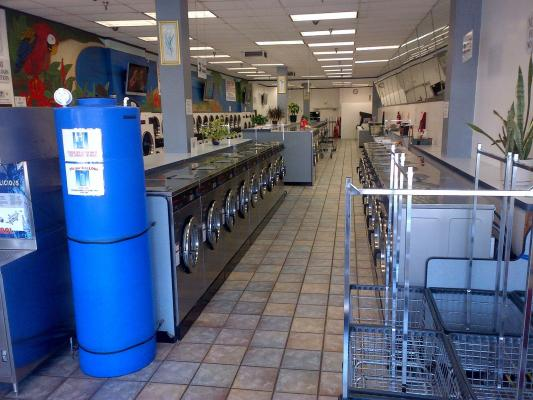 Van Nuys, Valley Area, LA Area Laundromat- Well Maintained High Volume Absentee For Sale