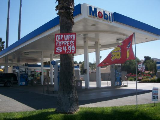 Riverside Mobil Gas Station C Drive Through Car Wash For