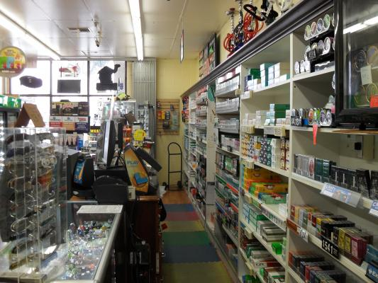 Torrance, Los Angeles County Smoke Tobacco Accessories Shop For Sale