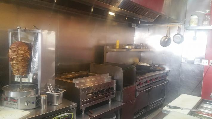Hollywood, Los Angeles County Mexican And Kebab Restaurant For Sale