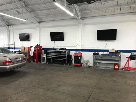 Mercedez Benz Auto Repair With Body Shop Business For Sale