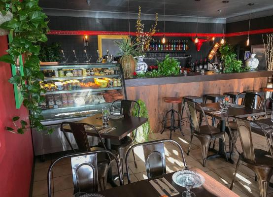 Fully Equipped Tapas Restaurant Business For Sale