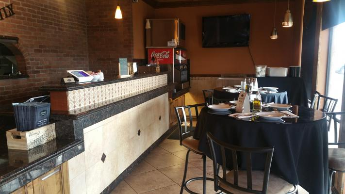 Italian Pizza Pasta Restaurant With Beer And Wine Business For Sale